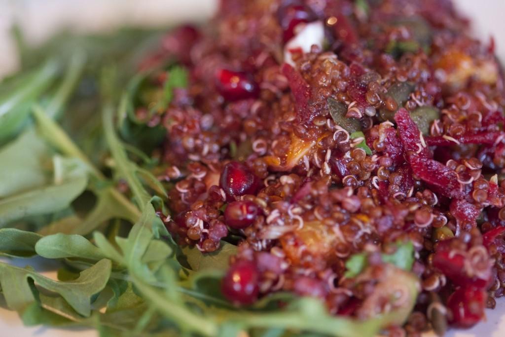 quinoa pomegranat esalad