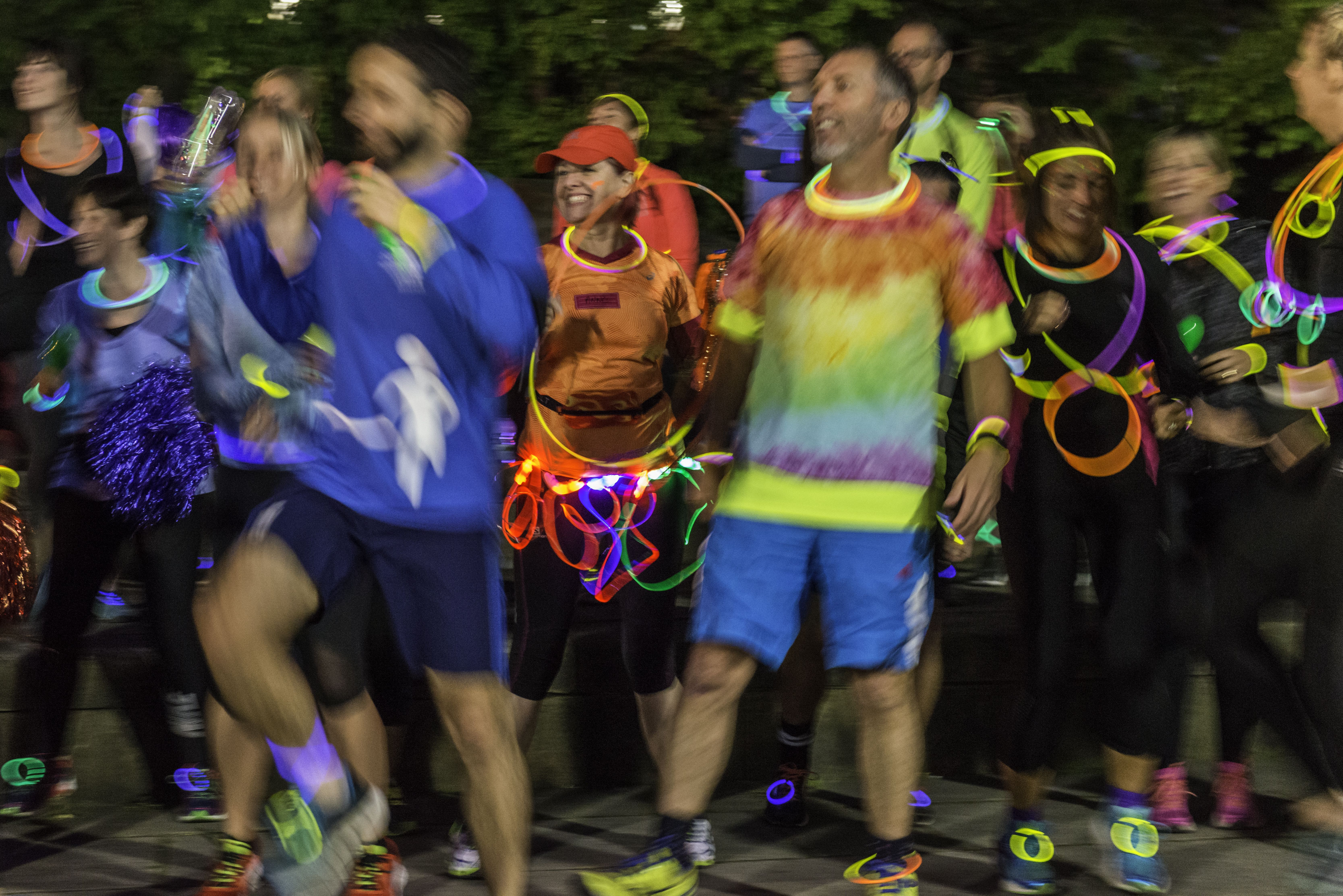 light night leeds art runs, veggie runners light night