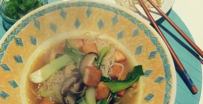 6 Hearty Vegan Soups for Autumn